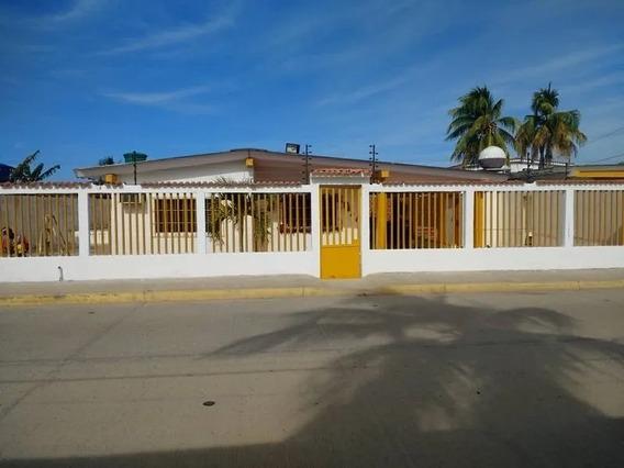 Elisha Dcesare Vende Casa En Chichiriviche, Falcón Guc-289