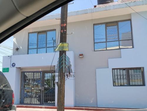 Oficinas En Planta Baja En Col. Jardines De San Ignacio
