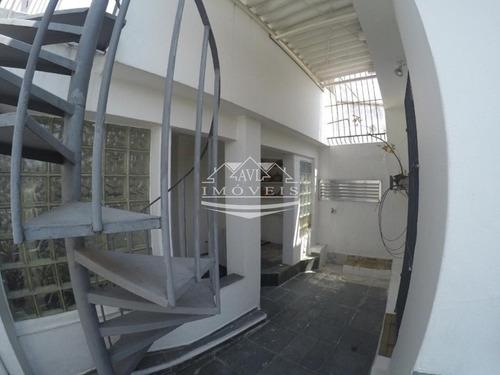 Sobrado Para Venda No Bairro Jardim Independência, 4 Dorm, 2 Vagas, 135m - 879