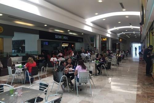 Locales Comerciales En Renta/ Plaza Boulevares