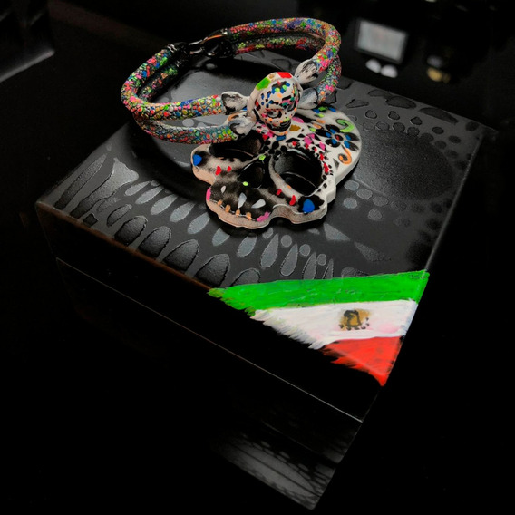Double Bone Single Skull México Ed. Limitada 17cm Diego Vez