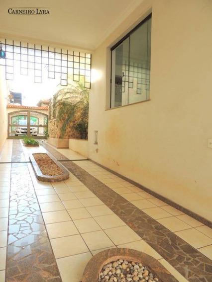 Casa Com 3 Dormitórios Para Alugar, 900 M² Por R$ 7.000/mês - Centro - Jaú/sp - Ca0629