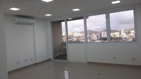 Sala Comercial 33m², Em Santo André R$1.500,00