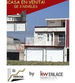 Casa Nueva De 3 Niveles En Venta, Toluca Mex.