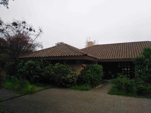 Excelente Casa Para Remodelar En Los Dominicos Antiguos ...