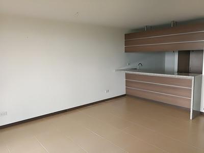Alquiler Apartamento Sabaneta De 125 M2