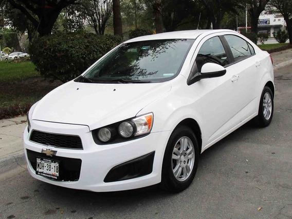 Chevrolet Sonic Lt 2013 Color Blanco