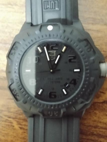 Relógio Luminox Sentry 0.201 B.o. Blackout - Swiss Made