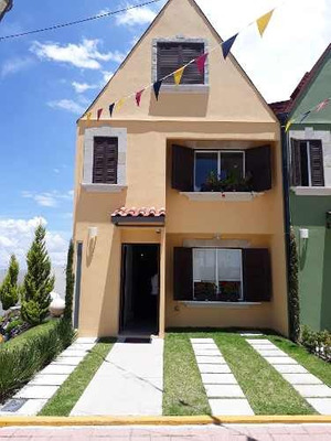 Casa En Venta En Colonia San Lorenzo