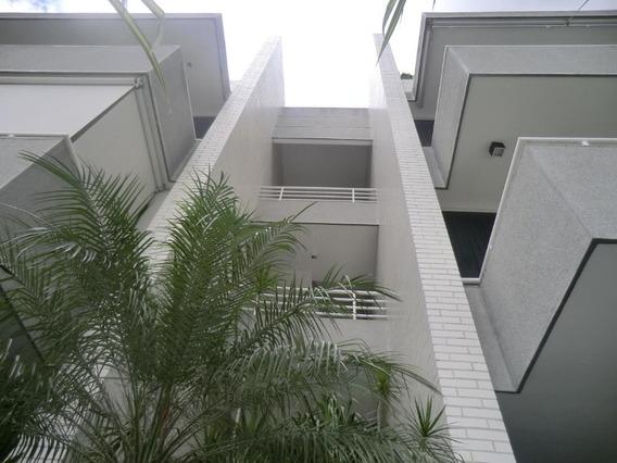 Apartamento En Venta Los Palos Grandes Mls #20-14222