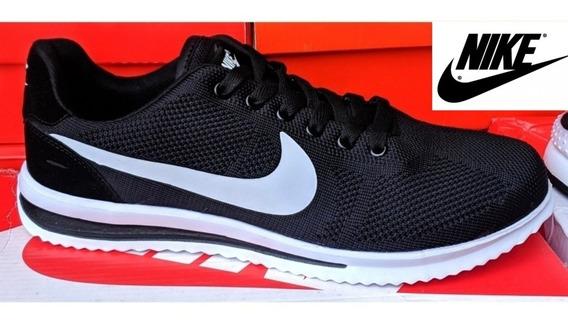 Zapatos Nike Negro/blanco Vietnam Tallas 40 41 (20usd)