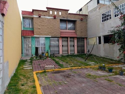 Huehuetoca Casa En 2 Niveles Con Excedente De Terreno
