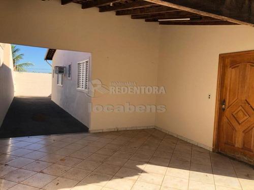 Imagem 1 de 10 de Casas - Ref: V13772