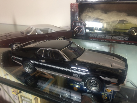 Mustang Mach 1 Autoart 1/18 ! N Gmp Ertl Lane Kyosho