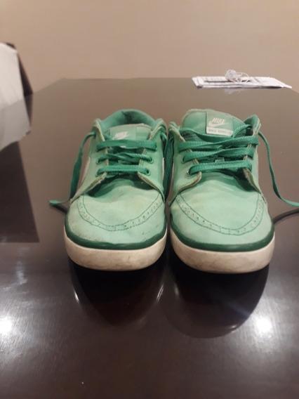 Zapatillas Nike Suketo T42