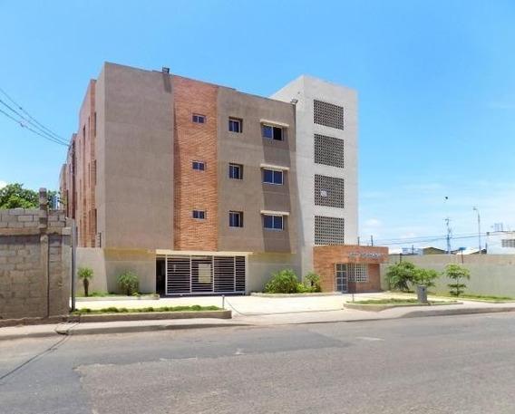 Mls #20-2408 Gaby Vende Apartamento En Los Estanques
