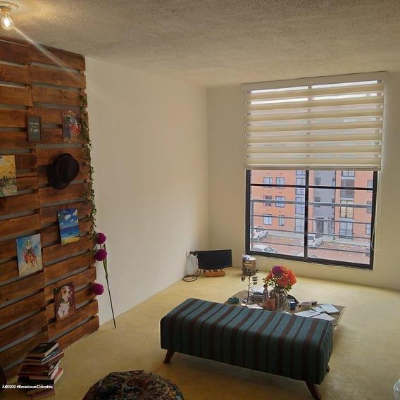 Venta De Apartamento En Hacienda Casablanca Mls 20-1138 Fr