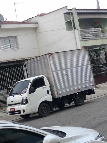 Imagem 1 de 9 de Kia Bongo Baú Carga Seca