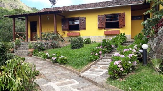 Sítio Em Itaipava, Petrópolis/rj De 0m² 4 Quartos À Venda Por R$ 1.070.000,00 - Si130805