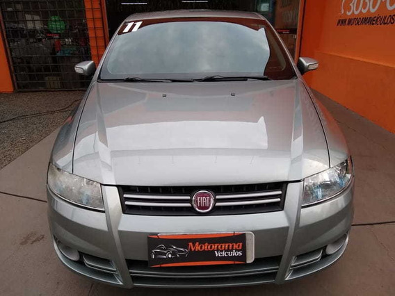 Fiat Stilo Attractive 1.8 8v (flex) 4p