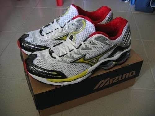 Tênis Mizuno Wave Creation 8