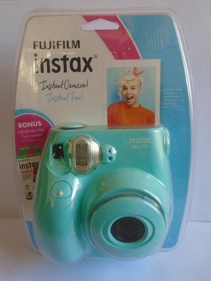 Fujifilm Instax Mini 7s + 1 Pack Film (10 Impresiones)