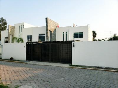 Casa En Renta En Fraccionamiento Cerrado Por Cu