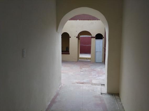 Centrica Casa Ideal Para Negocio (casa Venta En Aguascalientes)