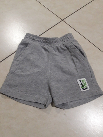 Short Grisino Impecable