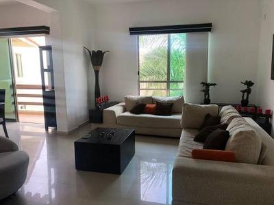 Renta Departamento En Cancun, Zona Exclusiva, Amueblado!!!!