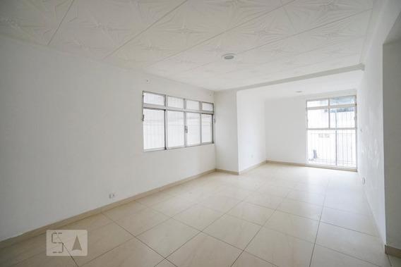 Apartamento No 1º Andar Com 3 Dormitórios E 1 Garagem - Id: 892950921 - 250921