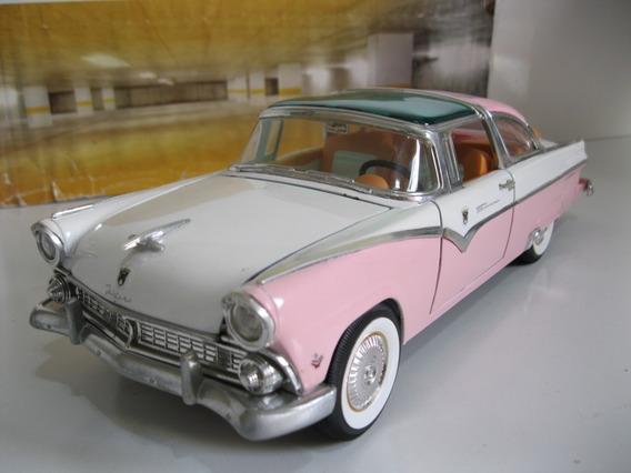 Ford Fairlane Crown Victoria 1955 - 1/18 Yatming R A R O
