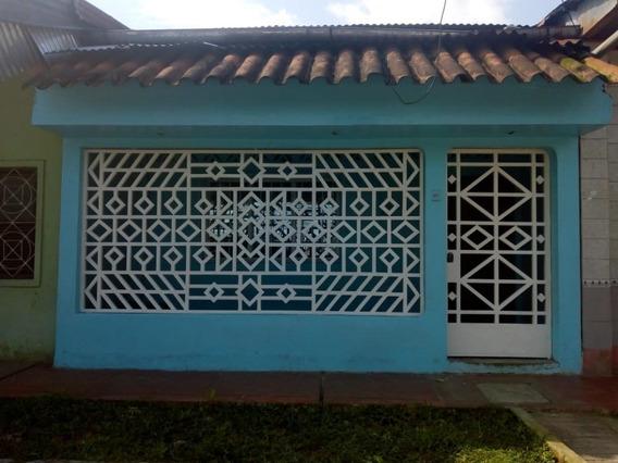 Casa Lista Para Habitar ,en Muy Buena Zona De Punchana