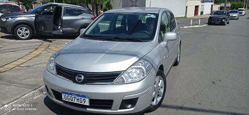 Nissan Tiida 2013 1.8 S Flex 5p