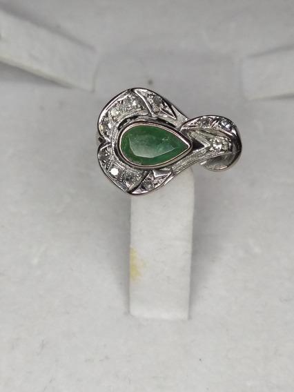 Anillo Con Esmeralda Y Diamantes Precio De Liquidación $1650