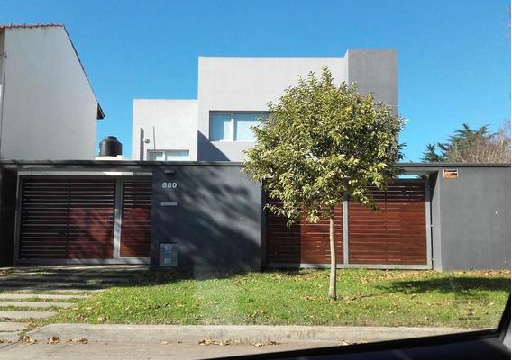 Moderna Casa En Venta - Constitución