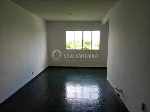 Apartamento Para Aluguel Em Centro - Ap000771