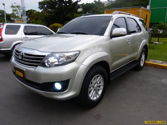 Toyota Fortuner At 2700cc 7psj