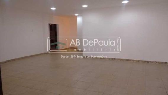 Casa Com 4 Quartos Para Alugar Na Praça H! - Abca40033