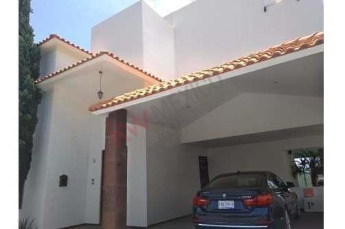 Casa En Venta En Club De Golf La Loma En $9,000,000.00