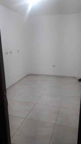 Alquilo Habitación Para Persona Sola En Magdalena 964767659