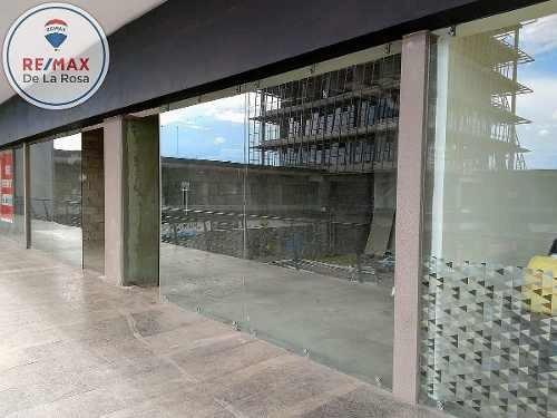 Local En Renta En Plaza Comercial