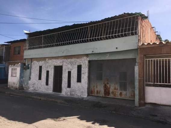 Casa - Comercial En Venta Piñonal Código: 20-993 Mfc