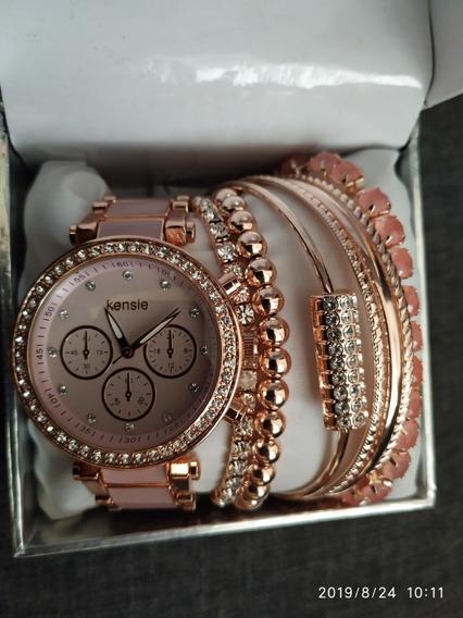 Reloj Con Pulseras Para Mujer Marca Kensie Y Daisy Fuentes