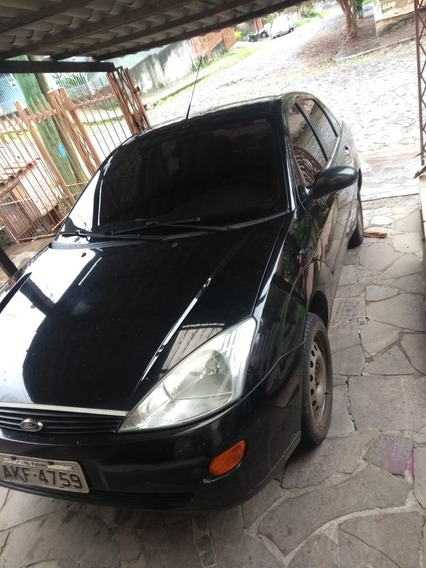 Ford Focus Sedan 2.0 4p 2002
