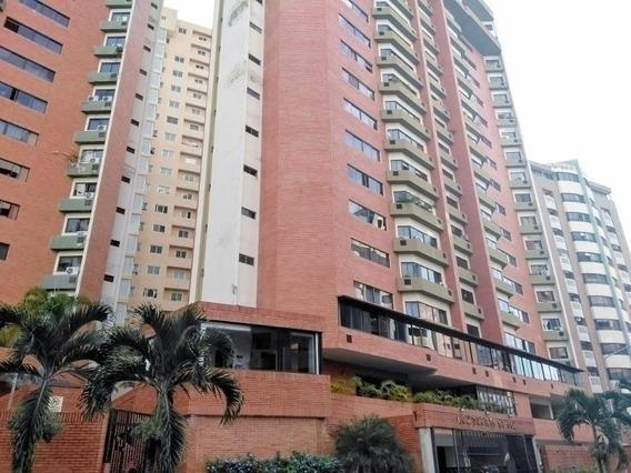 Apartamento En Venta En Urb. El Bosque Valencia