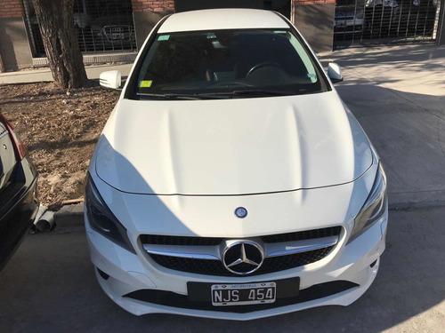 Imagen 1 de 9 de Mercedes-benz Clase Cla 1.6 Cla200 Coupe Urban 156cv Mt 2014