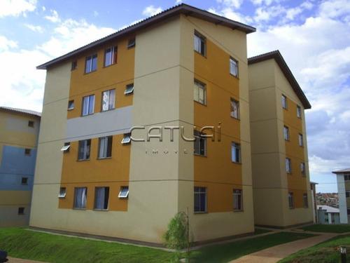Apartamento Padrão Com 2 Quartos - 984127-v