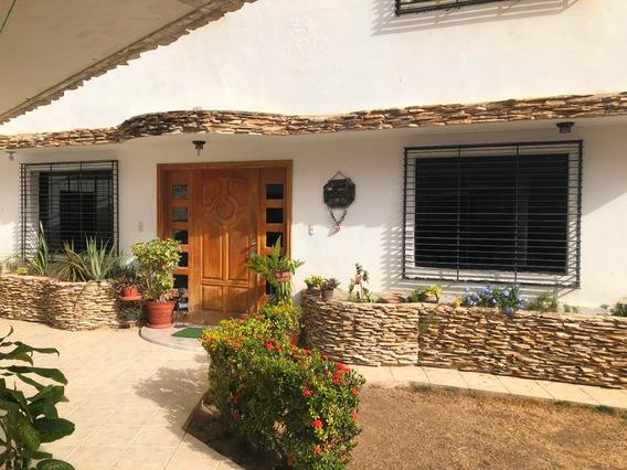 Casa En Venta Playa Grande Mls- 20-22834
