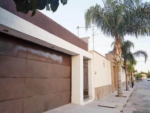 Casa En Venta En Nueva Los Angeles, Torreón